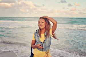 mo at beach